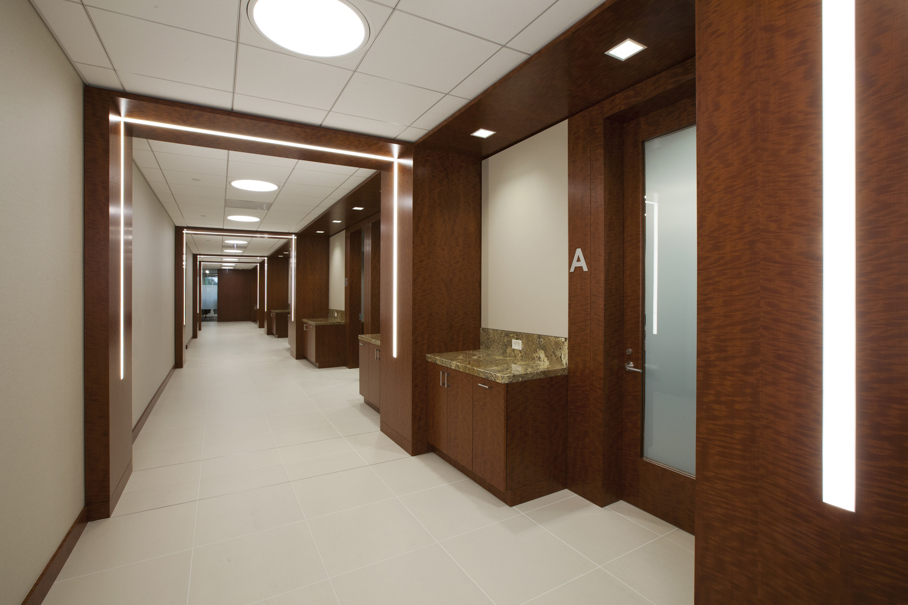 02 Fortune Brands – Conference Center Corridor